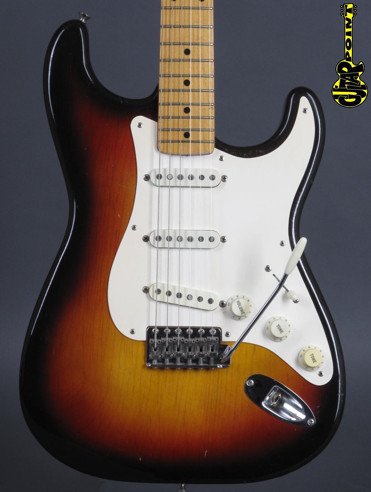 1959 Fender Stratocaster 3-tone Sunburst / Mapleneck
