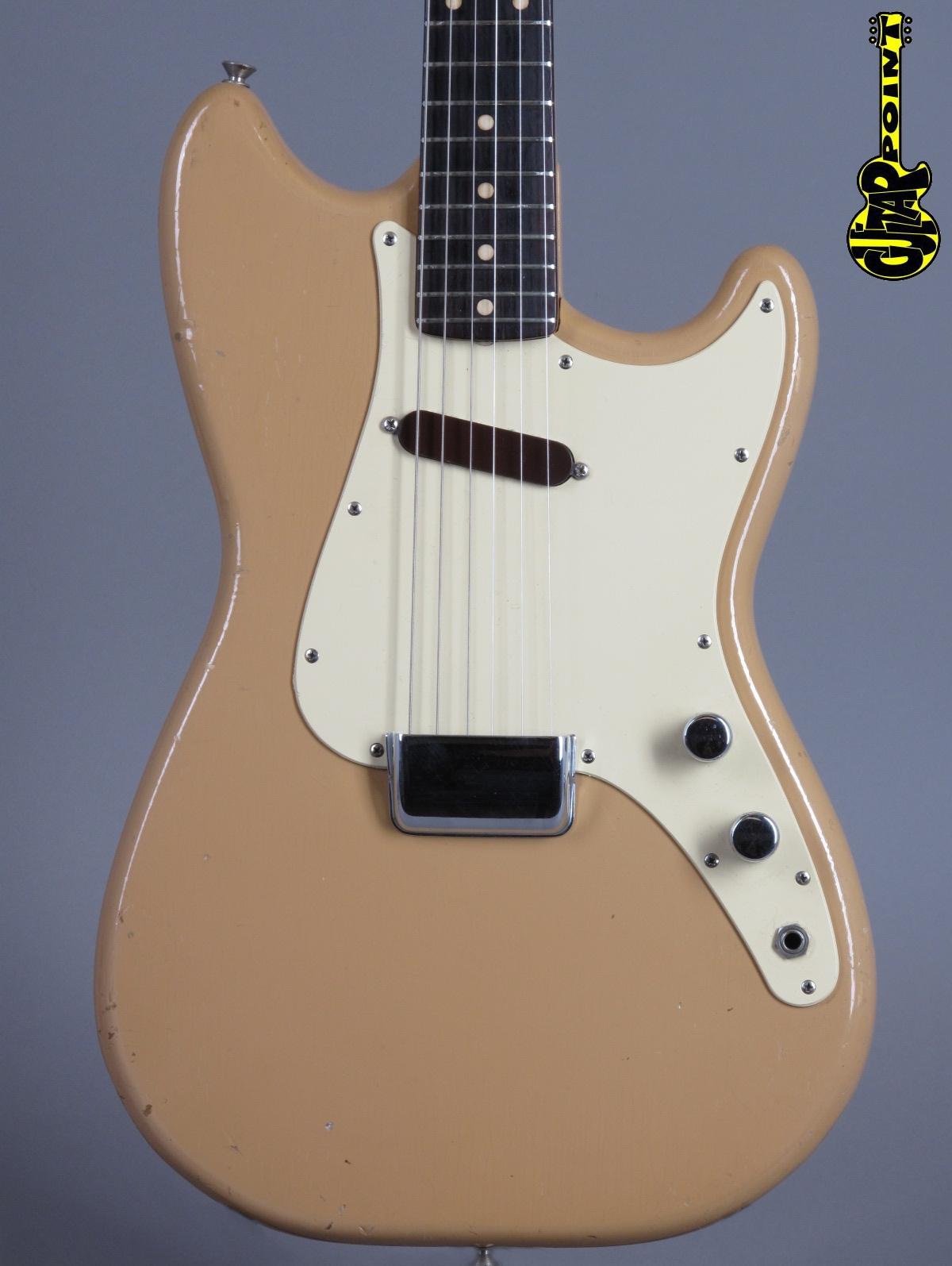 1961 Fender Musicmaster –Desert Sand