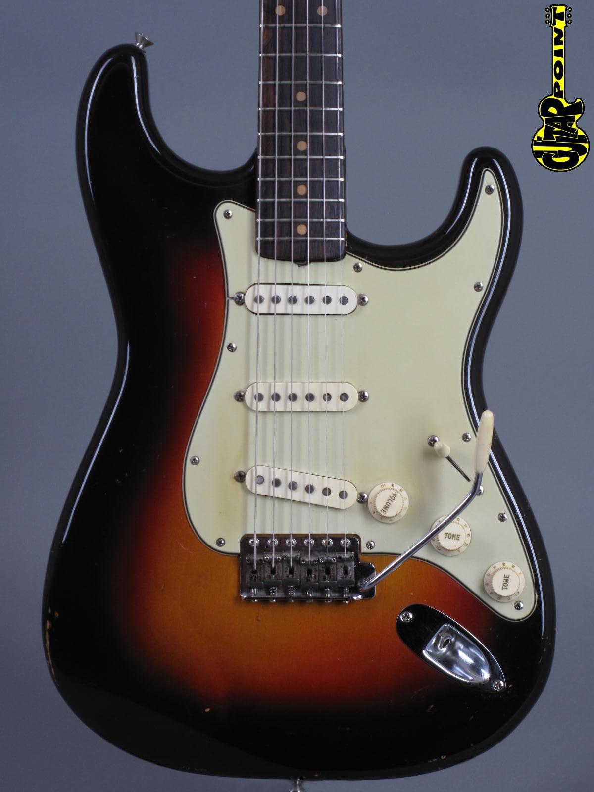 1961 Fender Stratocaster - 3-tone Sunburst   ...only 3,38kg!