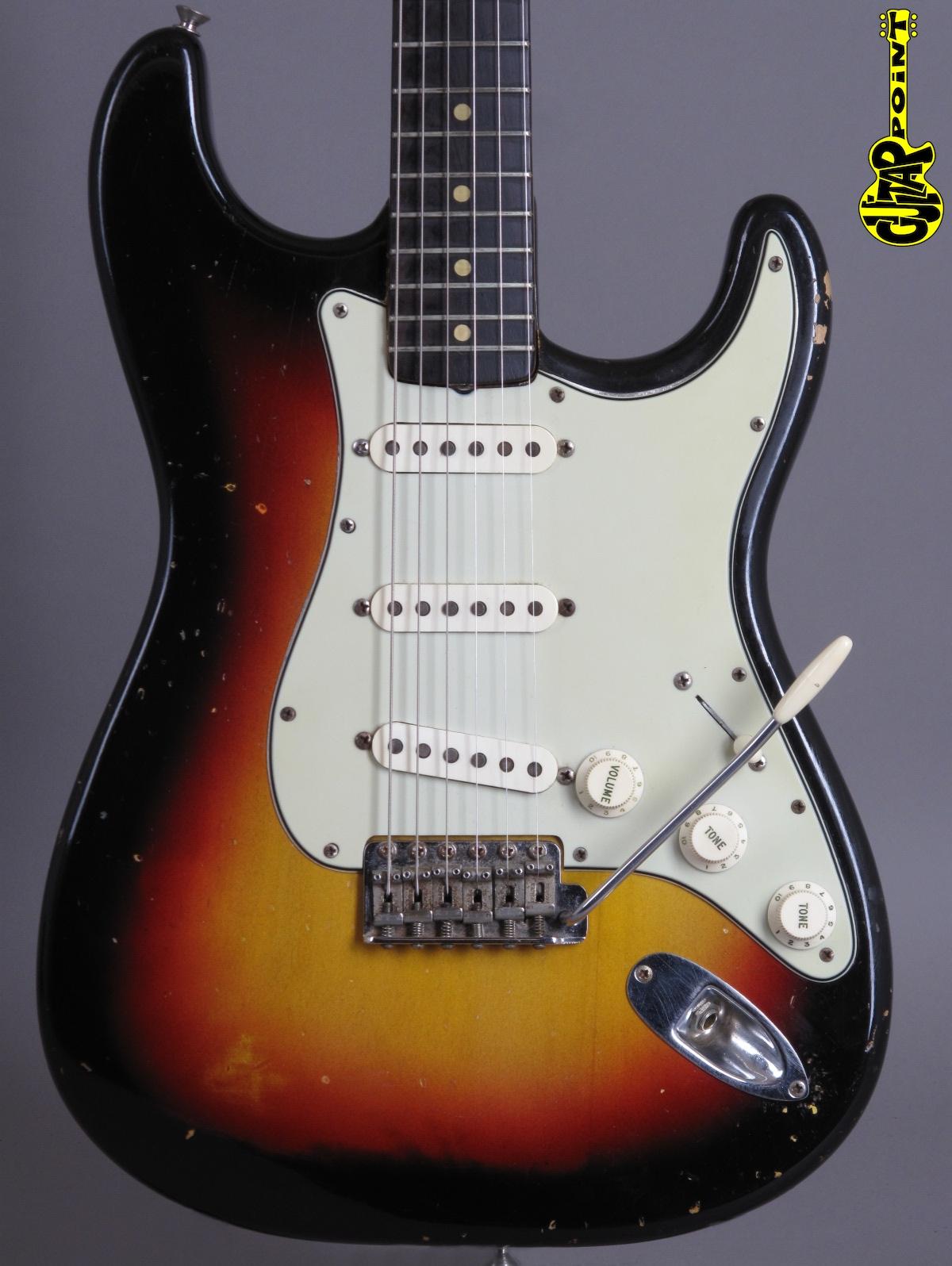 1963 Fender Stratocaster - 3-tone Sunburst