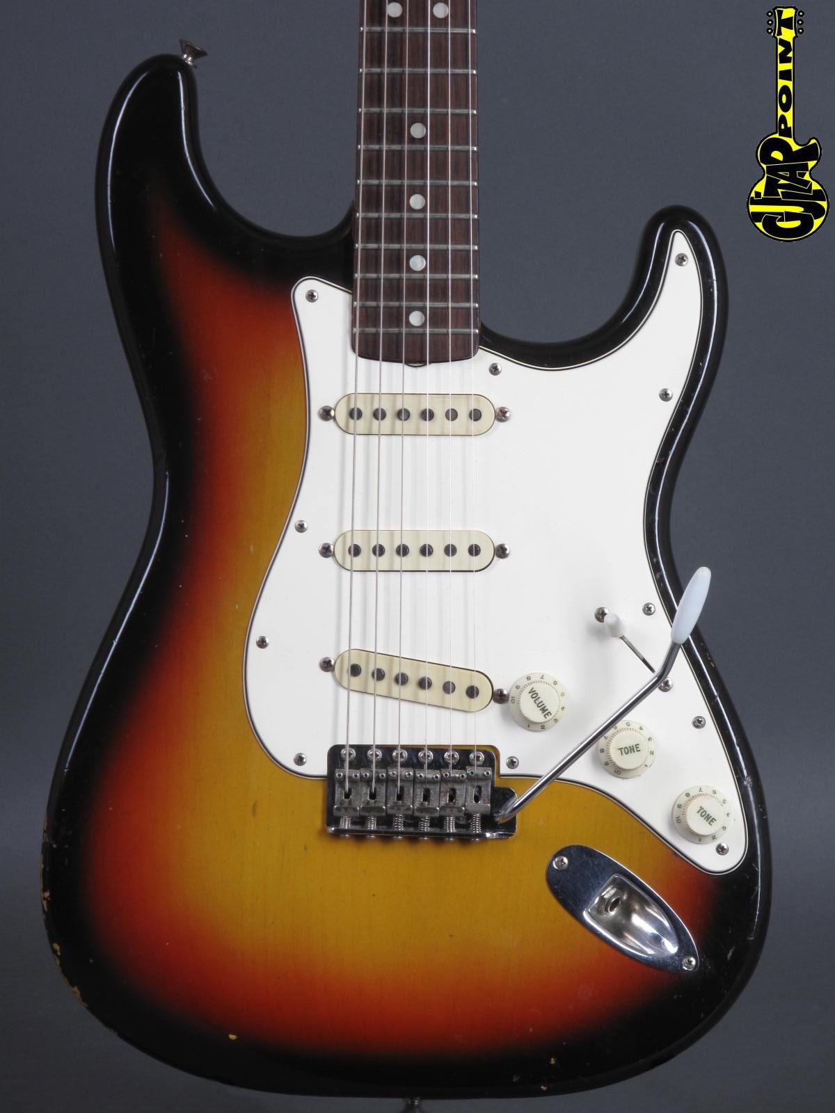 1965 Fender Stratocaster - 3-Tone Sunburst