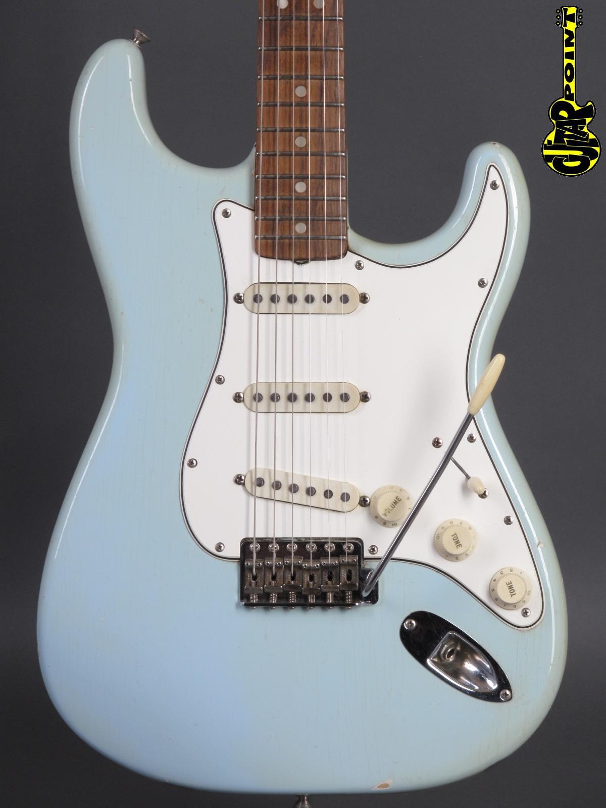 1965 Fender Stratocaster - Sonic Blue
