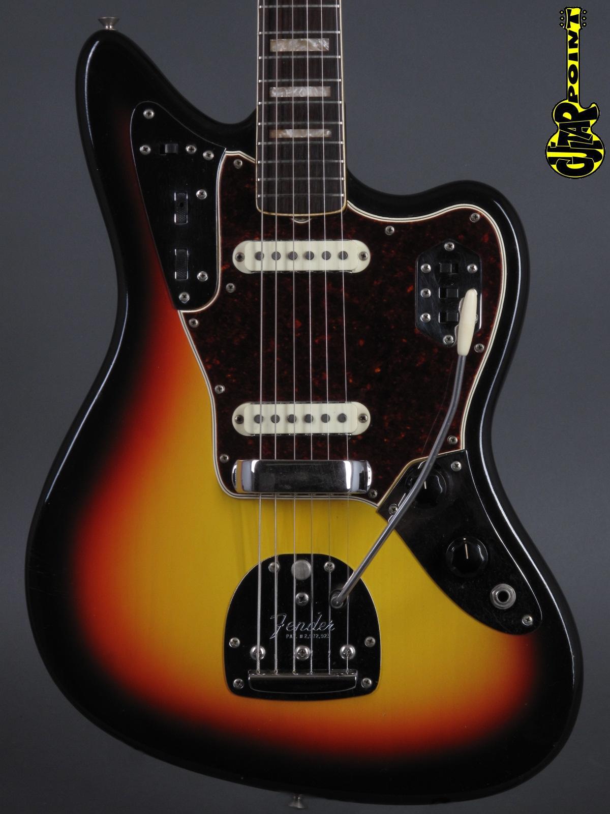 1966 Fender Jaguar - 3-tone Sunburst incl. orig. Tolex case