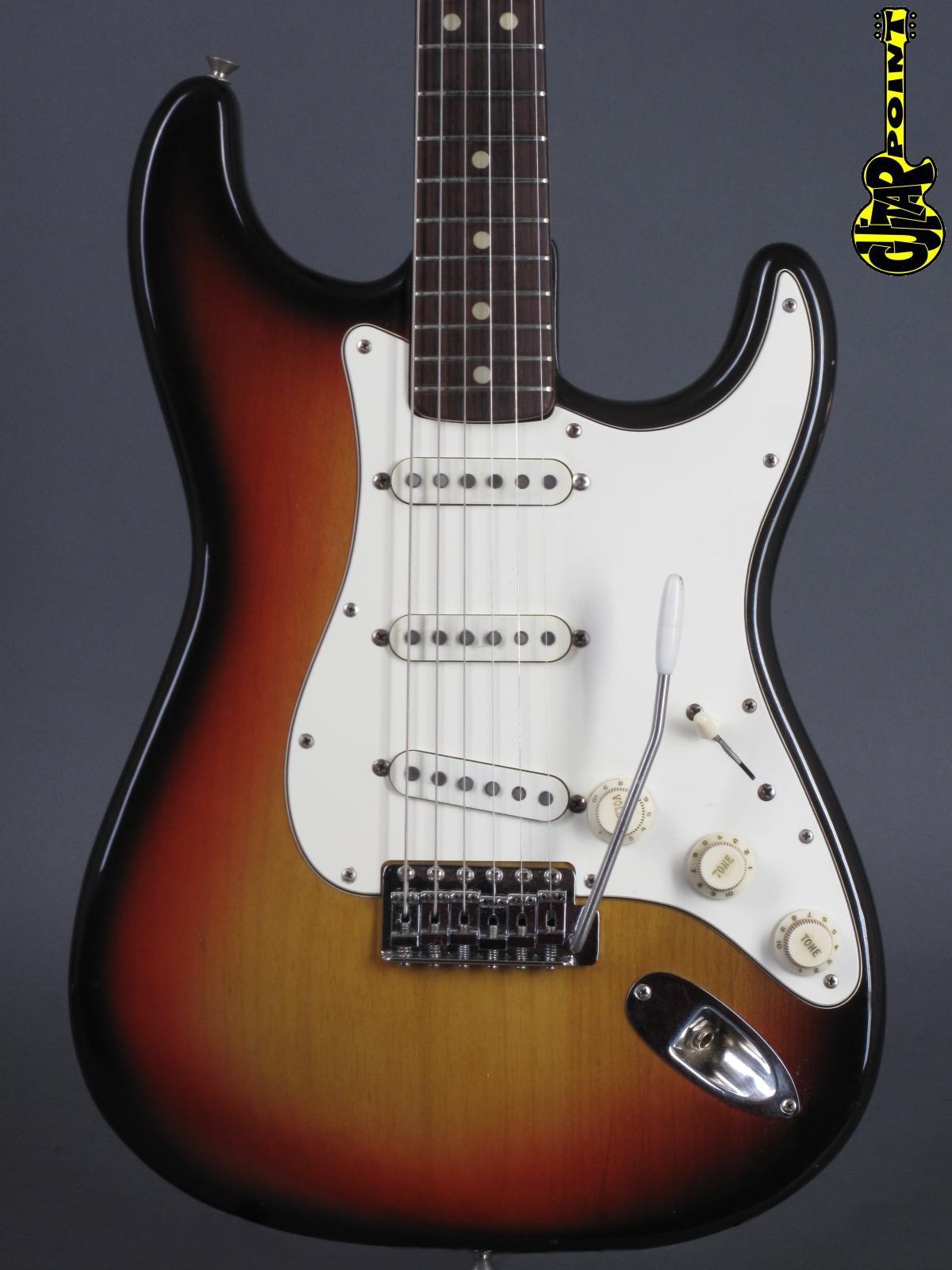 1971 Fender Stratocaster - 3-tone Sunburst