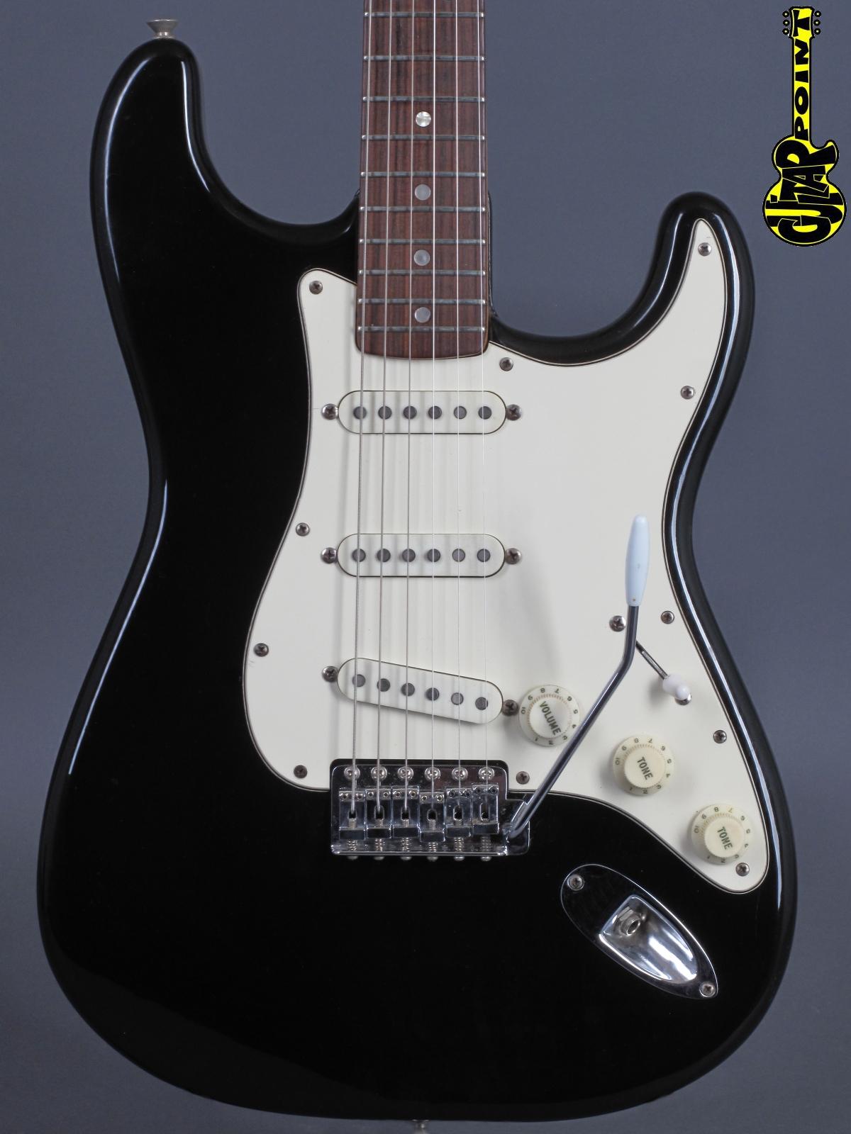1972 Fender Stratocaster - Black    (Rosewood board)
