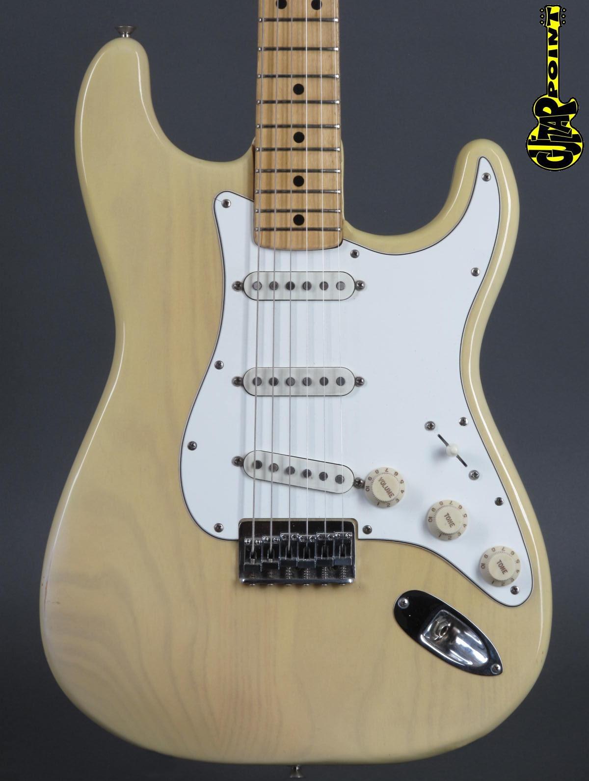 """1974 Fender Stratocaster - """"Blond""""   ...near mint !!!"""