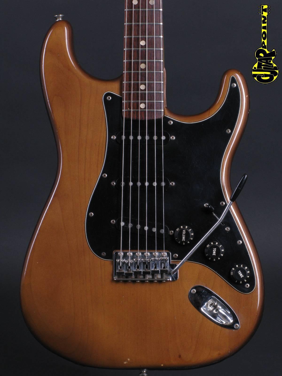 1974 Fender Stratocaster - Walnut
