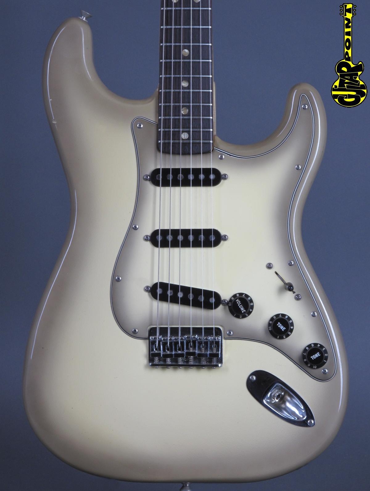 1978 Fender Stratocaster - Antigua finish