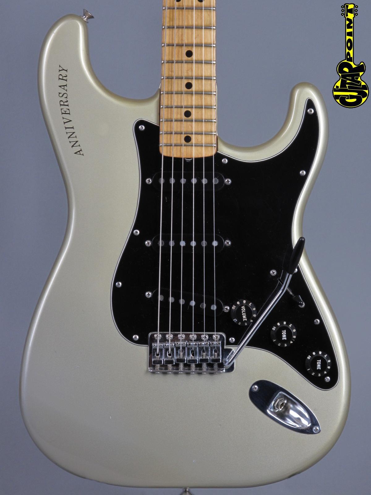 1979 Fender Stratocaster - 25th Anniversary - Silver