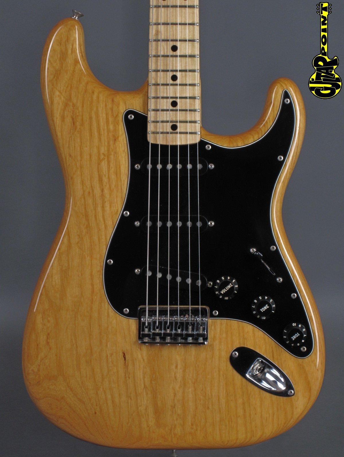 1979 Fender Stratocaster - Natural    ...minty !!!