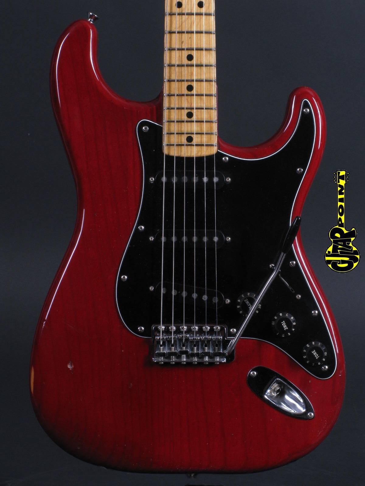 1979 Fender Stratocaster - Winered
