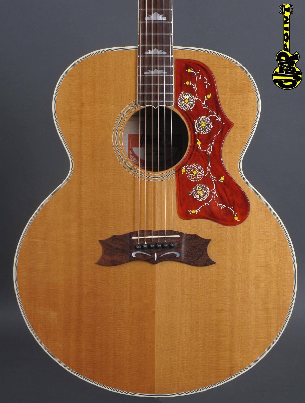 1981 Gibson J-200 Artist - Natural