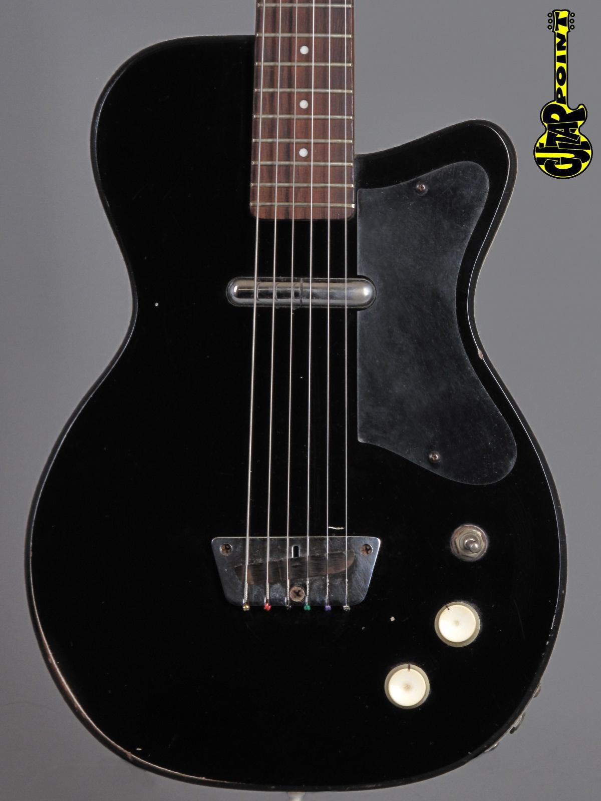 1957 Silvertone U1 Model 1317 - Black
