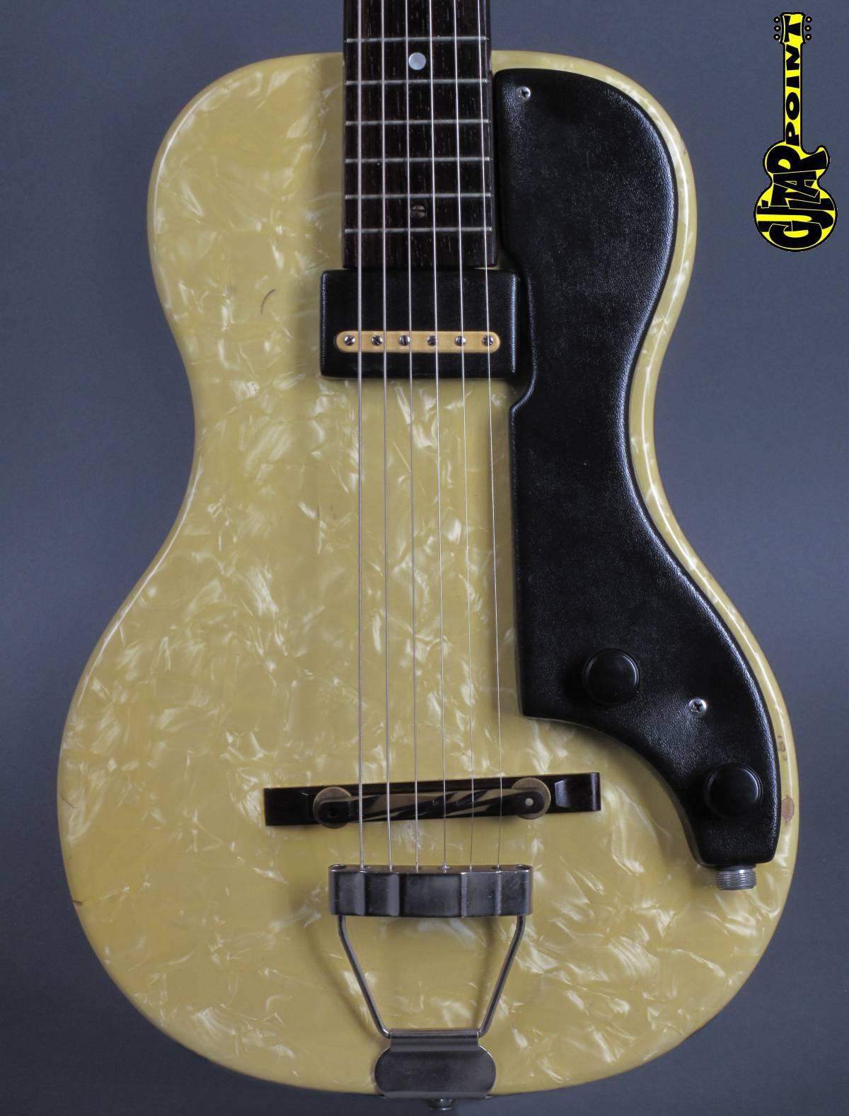 1953 Supro Ozark - White Pearl