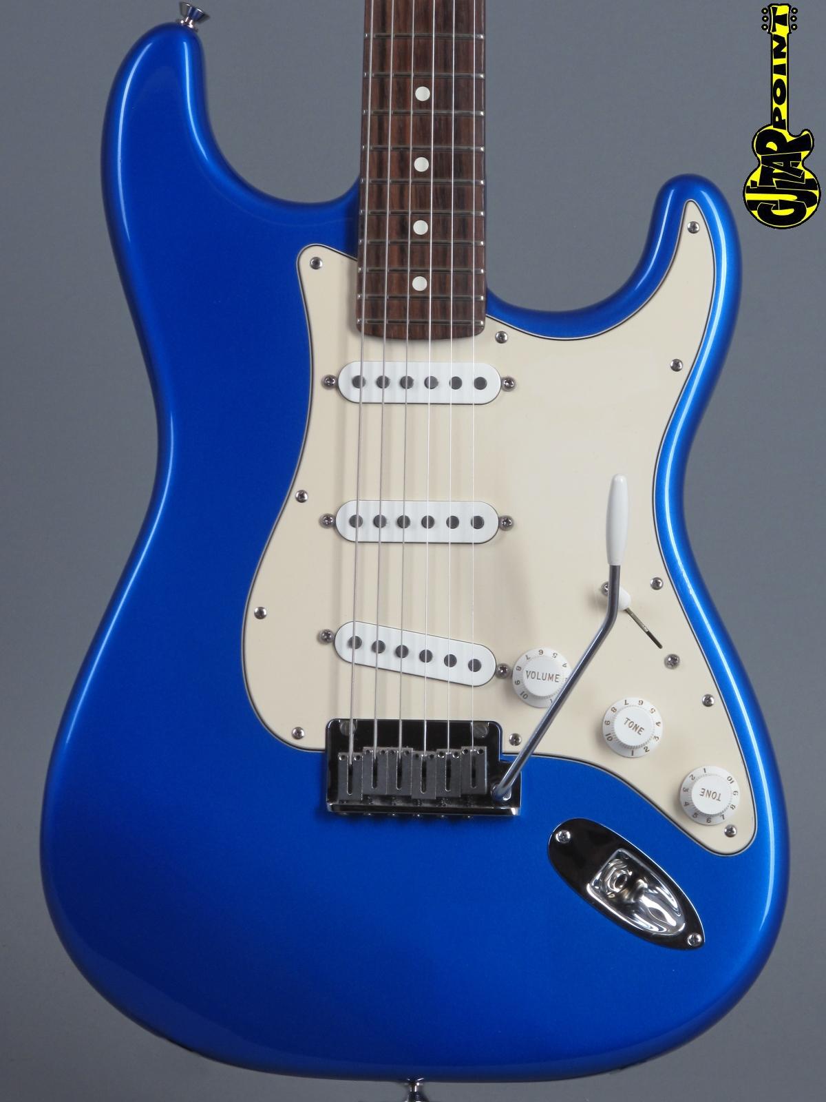 2004 fender american standard stratocaster blue metallic vi04festrchrbluez4213937. Black Bedroom Furniture Sets. Home Design Ideas