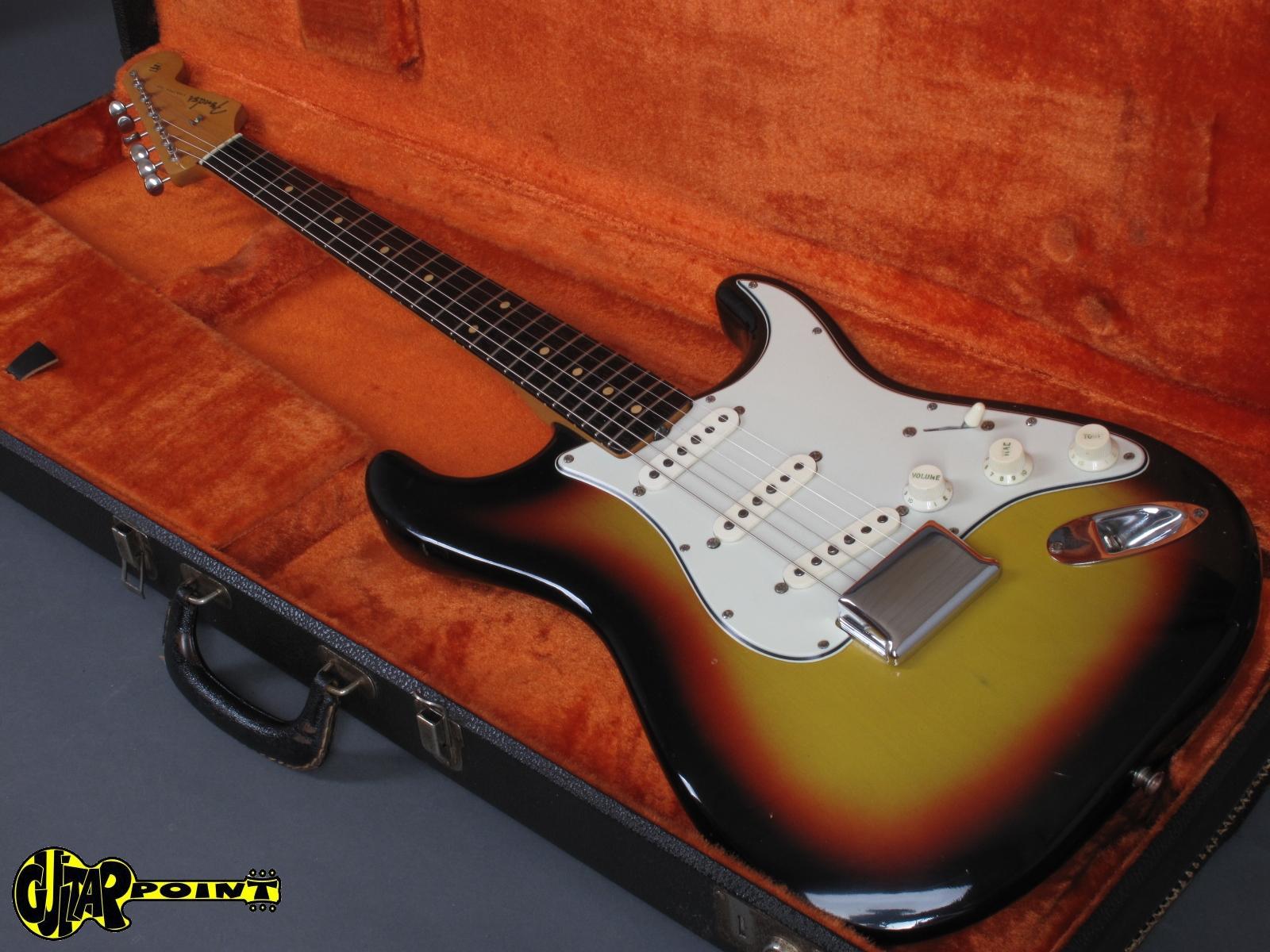 1963 Fender Stratocaster - Shoreline Gold -Vi63FeStrGold_L18294