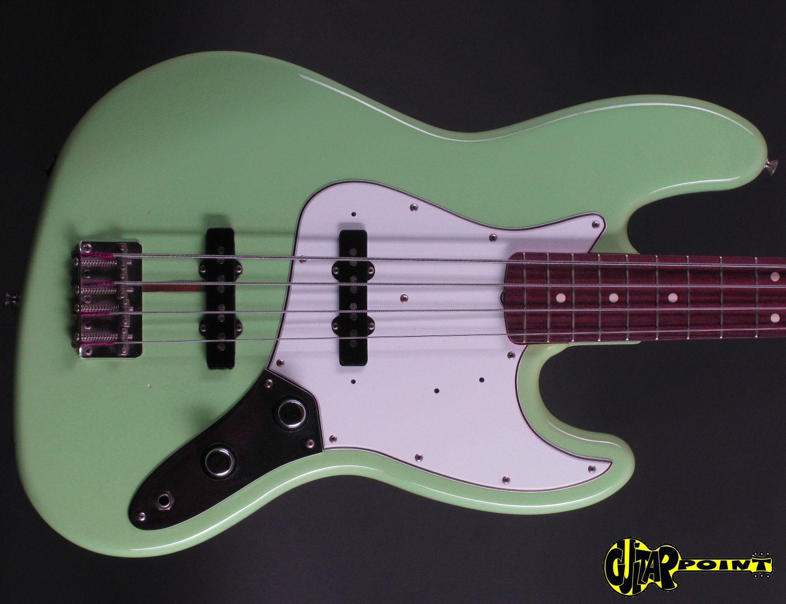 Fender vintage 62 jazz bass opinion